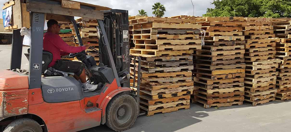 Opa-Locka-Pallets-slider-11